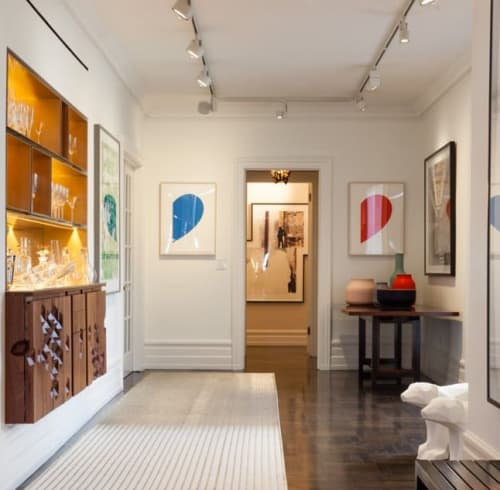 Paintings by Ellsworth Kelly at Williamson Residence, Williamson - Red Curve and Blue Curve
