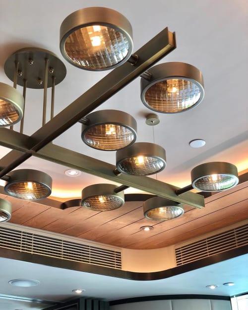 Chandeliers by deLighting Art at Chiuchow Garden Restaurant - Taikoo Shing - Headlights