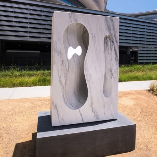 Public Sculptures by Cliff Garten seen at Apple Central And Wolfe Campus, Sunnyvale - The Long and The Short of It