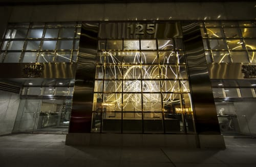 Public Sculptures by Grimanesa Amorós seen at 125 Maiden Lane, New York - BREATHLESS MAIDEN LANE
