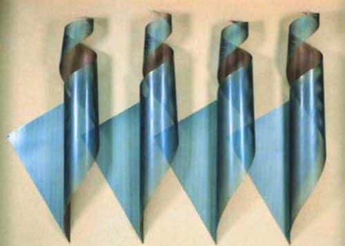 Elizabeth Saltos - Sculptures and Art