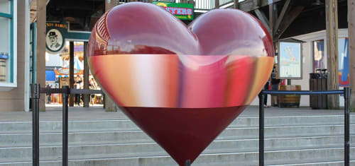 Sculptures by Patrick Dintino seen at Pier 39, San Francisco - Open Heart
