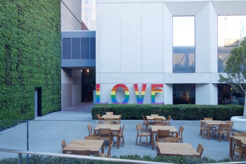 Sculptures by Laura Kimpton seen at Grand Hyatt San Francisco, San Francisco - Rainbow LOVE
