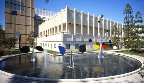 Sculptures by Alexander Calder at Los Angeles County Museum of Art (LACMA), Los Angeles - Three Quintains (Hello Girls)