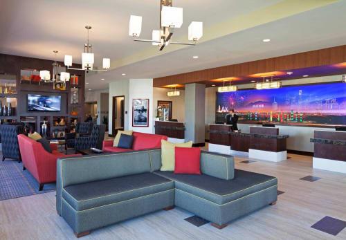 Residence Inn by Marriott Los Angeles LAX/Century Boulevard, Hotels, Interior Design