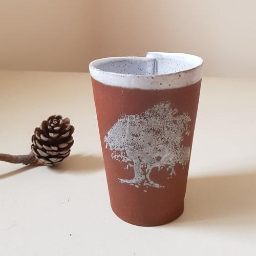 Cups by ShellyClayspot seen at Creator's Studio, Kiryat Gat - Handless Mug