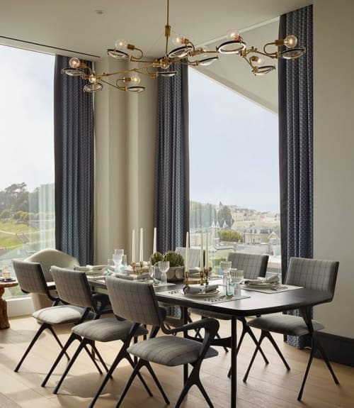 Chandeliers by Neptune Glassworks seen at Private Residence, San Francisco - Lens Chandelier