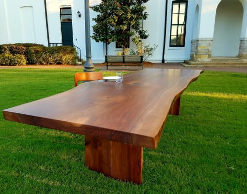 Roxie Woodworks - Tables and Furniture