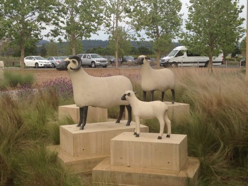 Sculptures by François-Xavier Lalanne seen at HALL Wines, Saint Helena - Mouton Transhumant