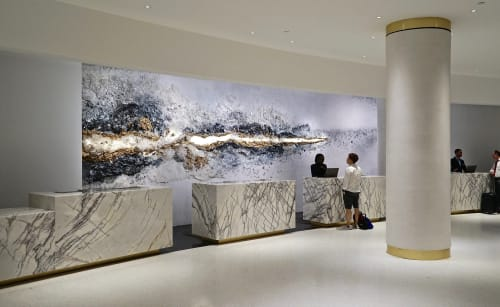 Sculptures by Sarah Raskey seen at Loews Miami Beach Hotel, Miami Beach - Stardust Effect
