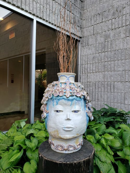 Vases & Vessels by Joon Hee Kim seen at Private Residence, Burlington - My Eyes Are On You