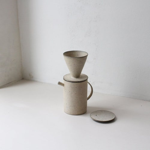 Tableware by Takashi Endo seen at Amsterdam, Amsterdam - The Pot and Dripper in White