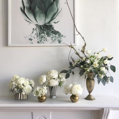 Floral Arrangements by Wallflower Design seen at Private Residence, San Francisco - Wall-flowers in White