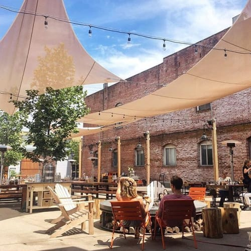 Brewsters Beer Garden + Restaurant, Restaurants, Interior Design