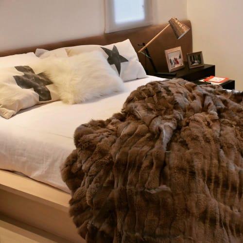 Linens & Bedding by Homelosophy seen at Salt Lake City, Utah, Salt Lake City - Fox Fur Blanket