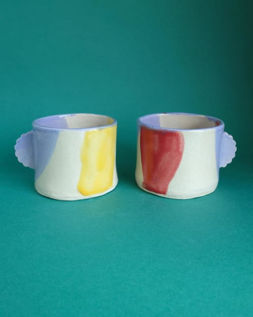 Tableware by Victoria Gilles Fernández seen at Private Residence, Manchester - Ceramic Cups and Pinched Bowl