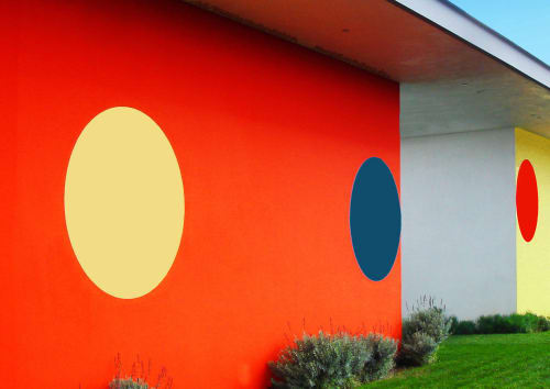Street Murals by Bob Zoell at Malibu, CA, Malibu - THE COURTSHIP, Two Bachelors Google-eyeing A Delicate Light Yellow Maiden. Mural