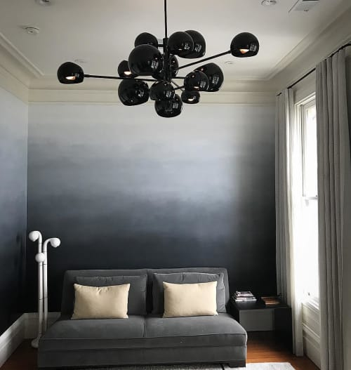 Wall Treatments by Caroline Lizarraga seen at Private Residence, San Francisco - Black to White Ombre Wall