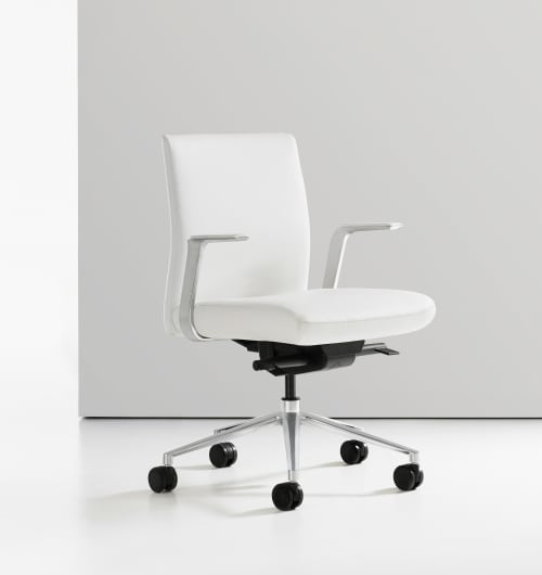 Chairs by Corey Grosser of Cory Grosser + Associates seen at Supplyframe DesignLab, Pasadena - Bernhardt Alta Office Chair