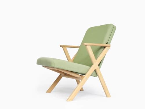 """""""Hybrid Chair""""   Chairs by Studio Lorier"""