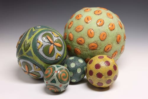 Tableware by Barbara Vanderbeck seen at Ruby's Clay Studio & Gallery, San Francisco - Ball sculpture