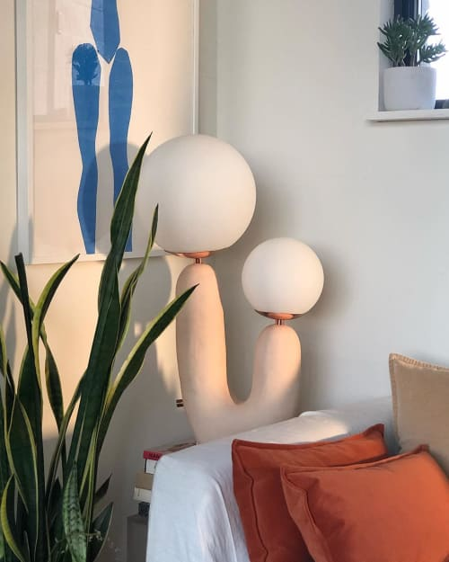 Lamps by Eny Lee Parker seen at Private Residence, Savannah - Oo Lamp