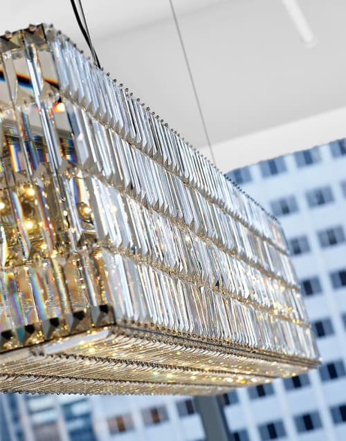 Chandeliers by Georg Baldele at Swarovski NY, New York - Glitterbox chandelier