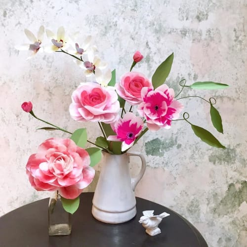 Floral Arrangements by The Green Vase by Livia Cetti seen at H.P. DECO, 渋谷区 - Paper Flowers