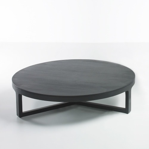 Tables by Jane Hamley Wells seen at Gawker Media, New York - Ema coffee tables