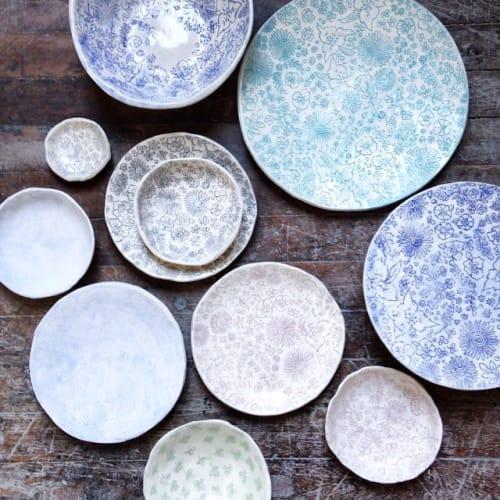 Ceramic Plates by Carolina Silva seen at Private Residence, New York - Ceramic Plate