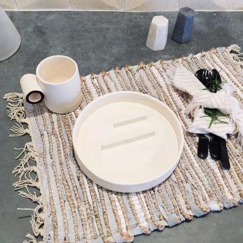 Tableware by Eny Lee Parker seen at Private Residence, Savannah - Tableware