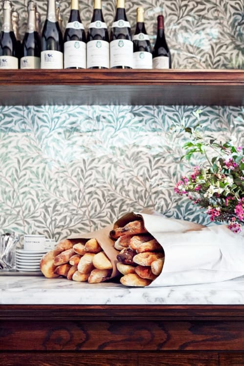 Wallpaper by William Morris seen at Petit Trois, Los Angeles - Willow Boughs