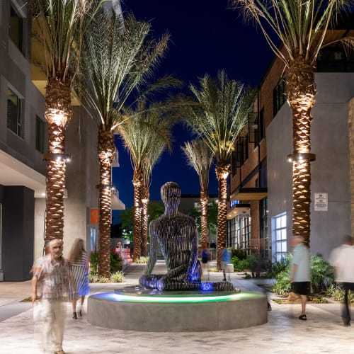 Public Sculptures by Julian Voss-Andreae at Kimpton Rowan Palm Springs Hotel, Palm Springs - Isabelle