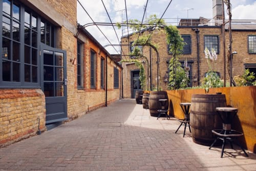 East London Liquor Company, Stores, Interior Design