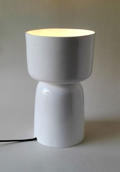 Lamps by Wendy Tournay Ceramics seen at Private Residence, Birmingham - Nomi Table Lamp