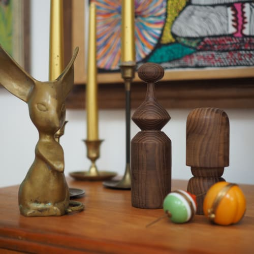 Sculptures by Meg Morrison Design seen at Private Residence, Richmond - Cambia Ash Series