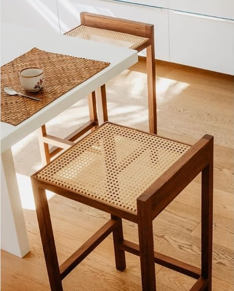Chairs by Porventura seen at Private Residence, Toulouse - ALTO Bar stool