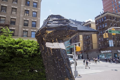 Public Sculptures by Nicolas Holiber seen at W 96 St/Broadway, New York - Brant