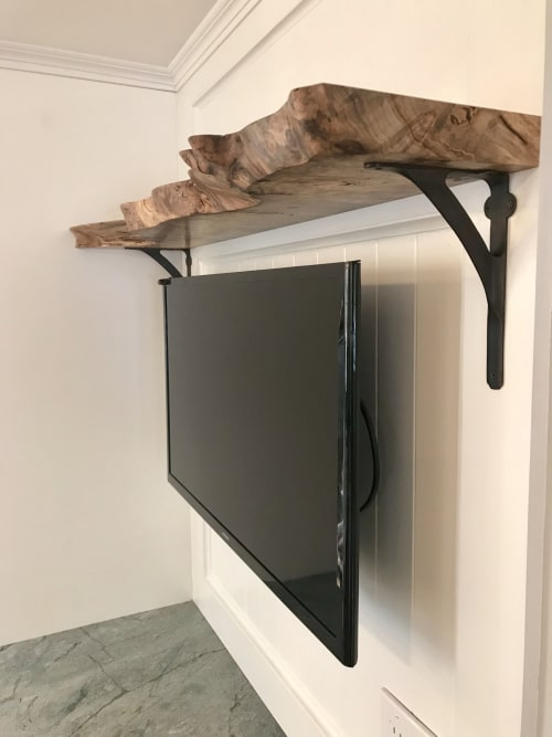 Interior Design by Lanterman Woodworks seen at Private Residence, Narragansett - Salvaged Red Maple Burl Shelf