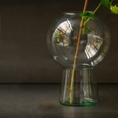 Vases & Vessels by Mieke Cuppen at Urban Nature Culture, Amsterdam - Totem Vases