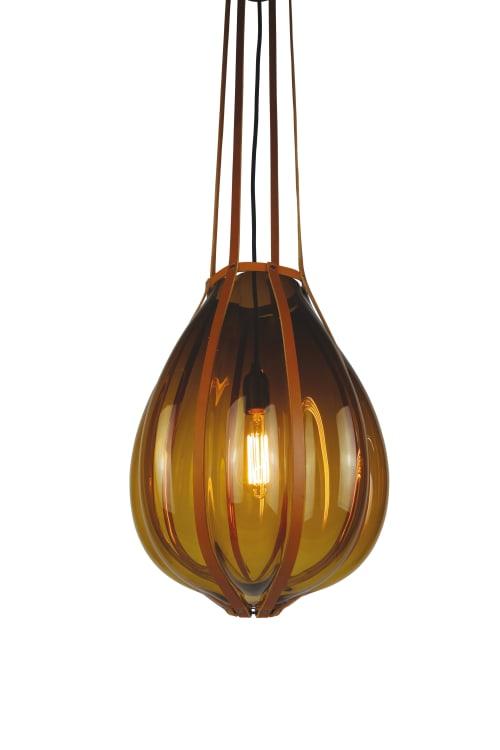 Pendants by Vanessa Mitrani Créations seen at La Cantine Bretonne, Paris - BUNDLE Suspension Lamp