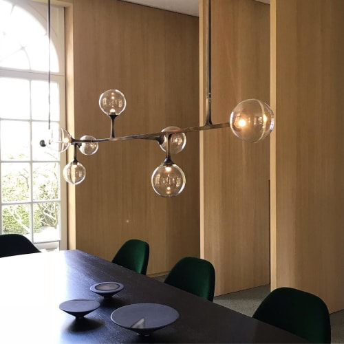 Pendants by Lumifer by Javier Robles seen at Private Residence, Brussels - Helix Horizontal Pendant