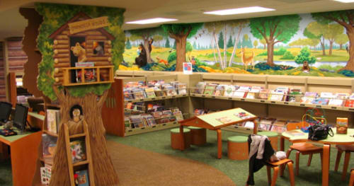 Murals by Elliott Mattice Art & Design seen at Onondaga Free Library, Syracuse - Children's area mural and 3D decor