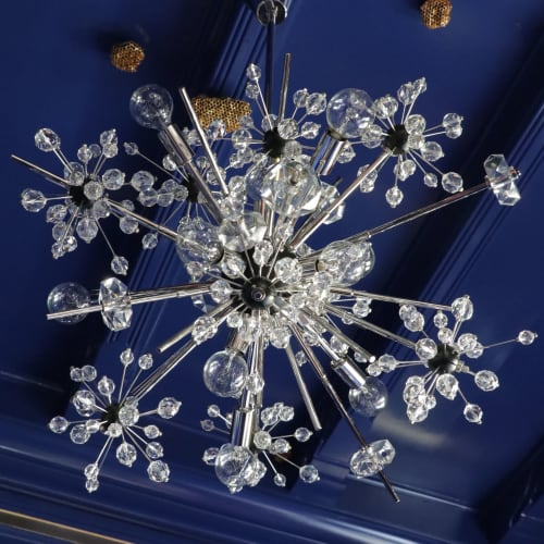Chandeliers by Jonathan Rachman Design seen at SF Decorator Showcase 2019, San Francisco - Lobmyer Chandelier
