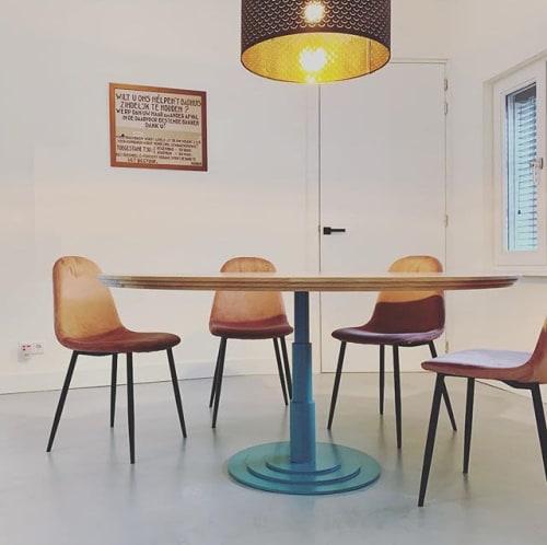 Interior Design by Mischa van der Wekke Vormmaker seen at Private Residence - MCDW's  'Rotterdamsche school'