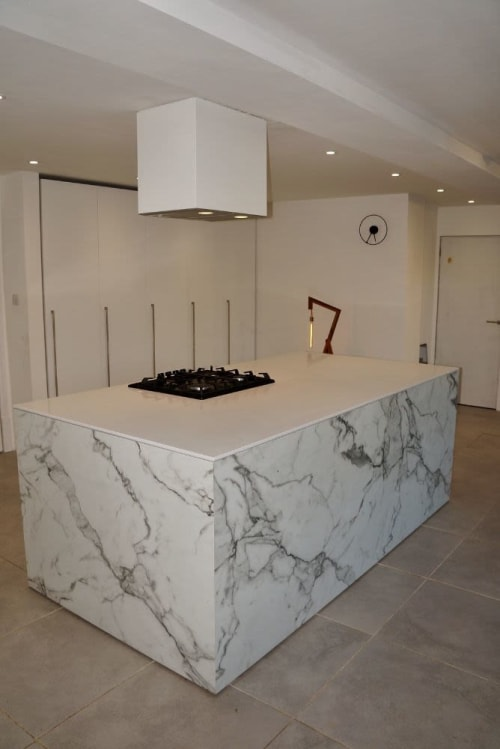 Interior Design by 1813 furniture & kitchens seen at Private Residence - Kitchen