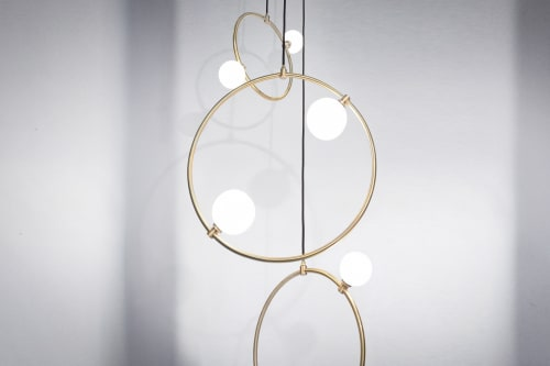 Pendants by Marc Wood Studio seen at Private Residence - Drops Cluster