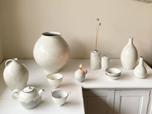 Vases & Vessels by Wonki and J ceramics seen at Private Residence, Melbourne - Dalhangari- Moon Jar
