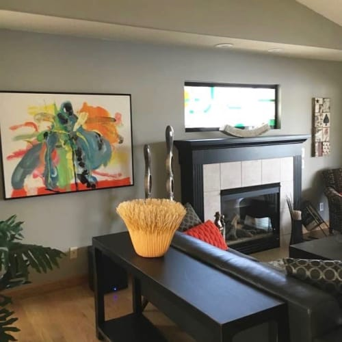 Paintings by Mary Zeran seen at Private Residence, Cedar Rapids - Abstract Paintings