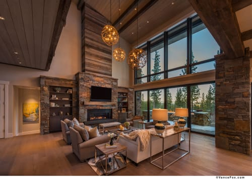Interior Design by Emily Esposito Interiors seen at Private Residence, Truckee - Dunsmuir Way